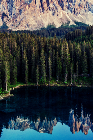 Canva - lago di carezza