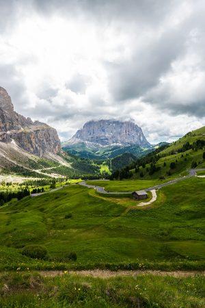 articolo-ladino-campitello-sen-jan-canazei-val-di-fassa-dolomites-myfassaplus-Canva-Val-di-Fassa-dolomite